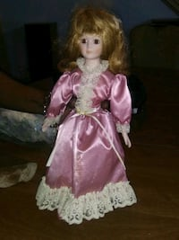 Pristine condition porcelain doll Wilkes-Barre