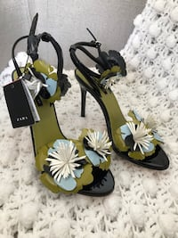 Zara basic NEW Stappy Sandals with tags size 37 Toronto, M1L 1E5
