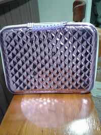 girls purple carry case