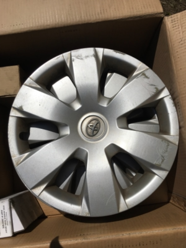 Used Tires San Jose >> Used Toyota Factory Original Hub Cabs Used Tires For Sale In San