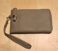 Daniel leather clutch  Brampton, L6Z 4W2