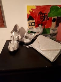Silver pumps size 11worn 2 hour with matching bag  Barrie, L4M 3Z8