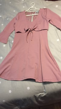Pink and black zip-up dress like new Laval, H7L 5Y7