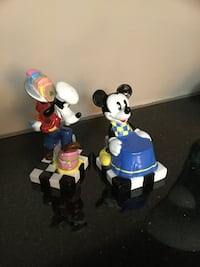 MICKEY MOUSE and GOOFY SALT AND PEPPER SHAKERS