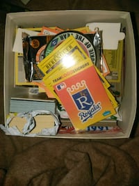 2 boxes full of 1970/80/90 baseball cards Kingsport