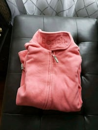 Bench sweater youth size 15/16 or w small Winnipeg, R2G 1M4