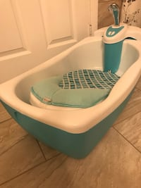 Baby bath tub, bubbling spa and shower Lorton, 22079