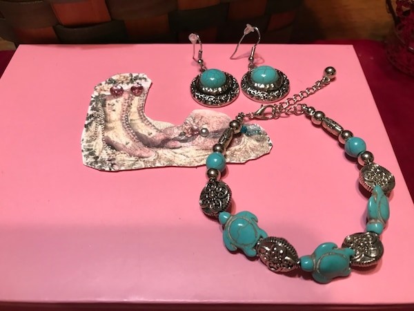 Pretty! Girls Silver/Turquoise Bracelet 1
