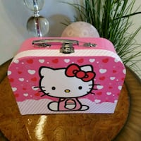 Letter box.... HELLO KITTY  Laval, H7S 1L4