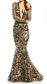 BEAUTIFUL GOWN FOR SALE!! Raleigh