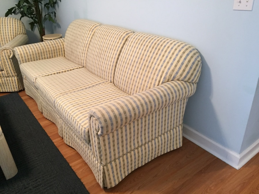 yellow and light blue fabric couch and loveseat rh us letgo com