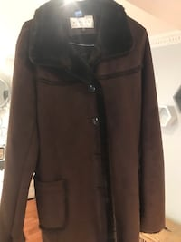 Brown button-up coat women's size medium Vaughan, L6A 1J6
