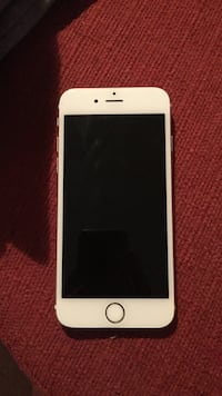 Rose gold iPhone 6s 32GB