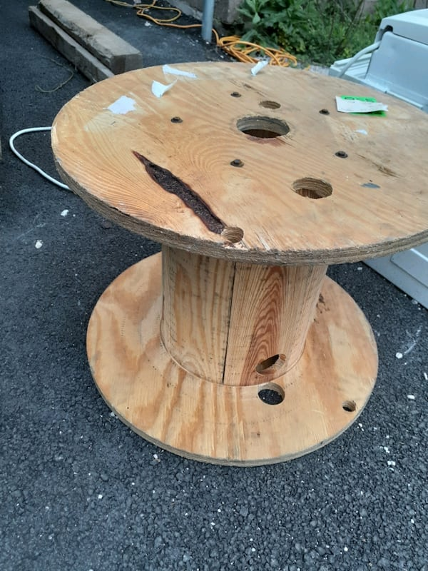 Project cool wood end table,backyard project ce2198a4-5b7b-489d-a86d-6df905f62c30