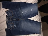 Hollister Jean brand new never worn still have to tag on them size 24/31 47 km