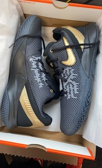 Nike Kyrie Flytrap II 10.5 brand new never worn B/O wins