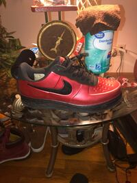 pair of red-and-black Nike basketball shoes Columbus, 43229