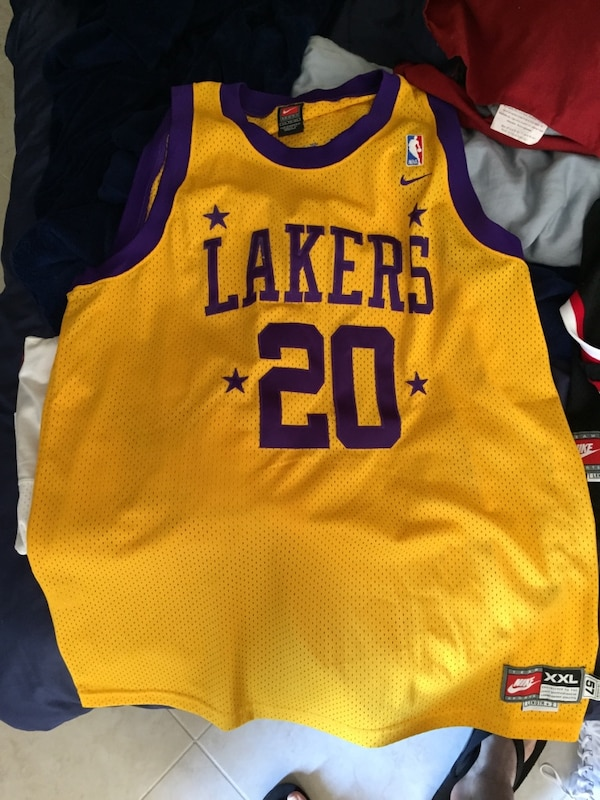 d01996c2efc Used Gary Payton lakers jersey for sale in Hallandale - letgo