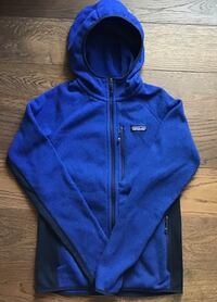 NEW Patagonia Mens Performance Better Sweater Hoody Blue Small R$159 Chicago, 60611