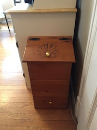 brown wooden 3-drawer chest Cobourg, K9A 3L9