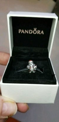 Pandora charm authentic  Toronto, M1K 2S3