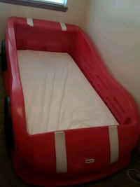 Twin Car Bed (mattress NOT included) Del City, 73115