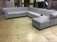 3 pcs sofa sectional  tufted with flip chaise Surrey, V3V 7E9