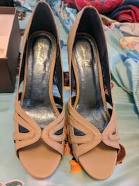 Bonnibel shoes size 9 never used still in box  Lincoln, 02865