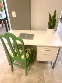 Fresh white modern and sturdy desk with lots of storage