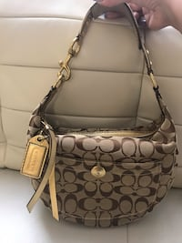 Authentic Coach Signature Gold Hobo Purse Toronto, M1P 4P5