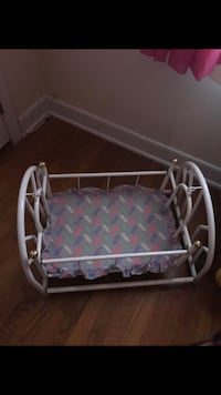 Baby doll swinging bed  Richmond, 23236