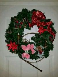 Christmas wreath Edmonton, T5T 2J5