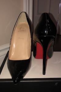 Christian louboutin size 8 Vaughan, L4H 2R1