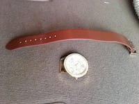 round gold and white chronograph watch with brown  Temple, 76504