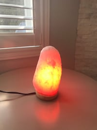 Salt Lamp Vaughan, L6A 3J1