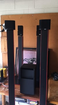 Bose (4 Bose speakers sub on stands Ocala, 34472