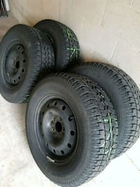 MotoMaster Total Terrain W/T 235/70R16 on rims x 4 Burlington, L7M 4H8