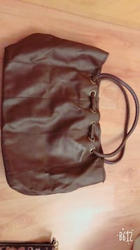 Dark brown Handbag Surrey, V3R 8X8