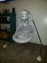 Fisher price swing with light up mobile  Pearl