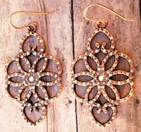 Copper Colored Unqiue Design Pair of Earrings