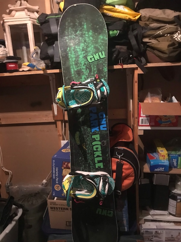 GNU 156 Park Pickle Snowboard