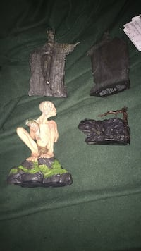 Lord of the rings figurines  Barnstable, 02648