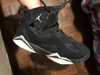 Jordan 7 Retro black and white