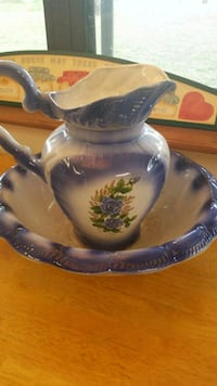 Large Beautiful blue and white ceramic pitcher Inverness, 34452
