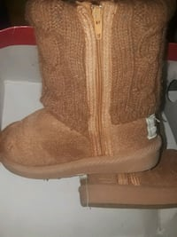 Uggs barely worn New Haven, 06511