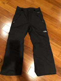 Northface boys 10/12 dryvent ski pants  Gambrills, 21054