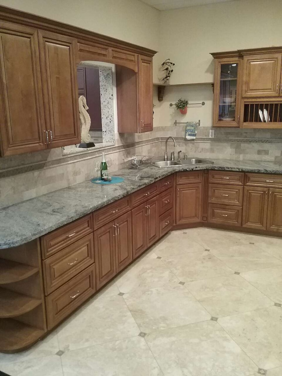 used kitchen cabinets for sale very good price for sale in san rh tr letgo com