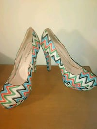 Steve Madden multi colored chunky stiletto heel size 10 zigzag print