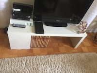 White tv with stand Gatineau, J8Z 1L6