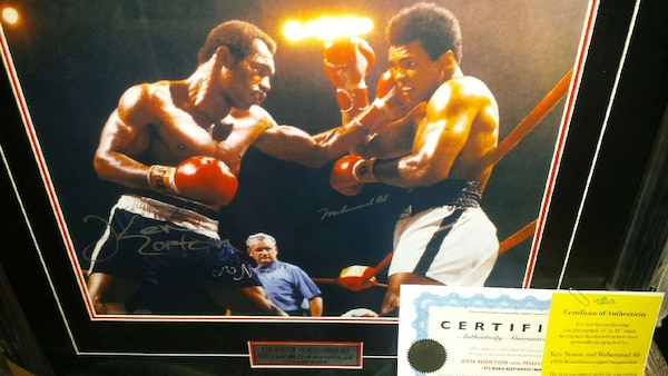 Muhammad Ali (READ MORE INFO)⤴